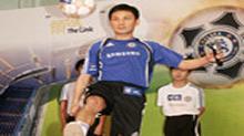 林文龙出席足球活动 幸福生活溢于言表