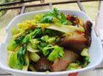 芹菜腊肉蚝汁煲