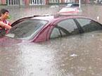 驾车溺水的自救攻略